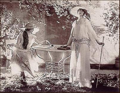 Señoras de 1920